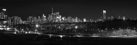 Toronto-skyline-Riverdale-Park-panorama-black-and-white.jpg