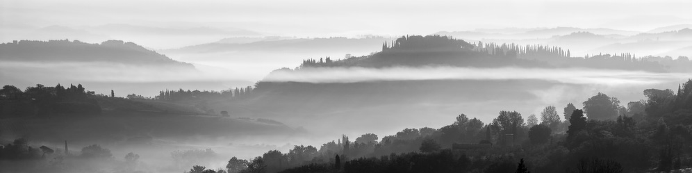 Fog on the hills of Tuscany, Italy